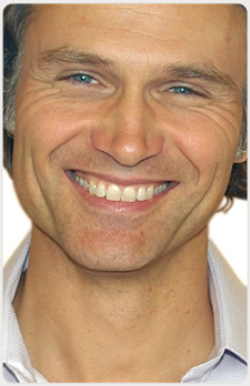 Dr Ingo Voges - Cosmetic Dentist in Surrey