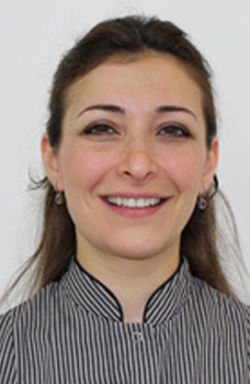 Dr Nadia Tawfiq-orthodontist surbiton